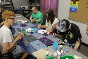 Decorating the Healing Blanket at the Indigenous Family Centre